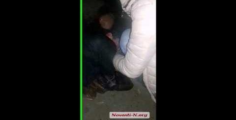 Видео читателей Новости-N: поножовщина в центре Николаева