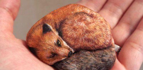 """Японская художница оживляет камни, рисуя на них невероятно реалистичных животных (21 фото)"""">"""