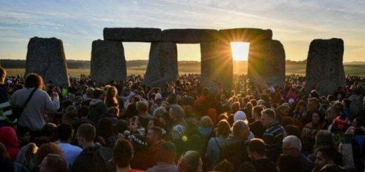 10 самых странных и поразительных праздников у британцев