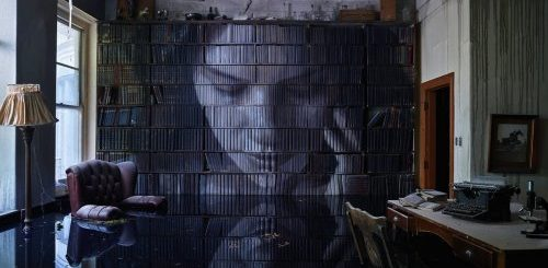 """Уличный художник превратил заброшенный особняк в арт-инсталляцию (10 фото)"""">"""