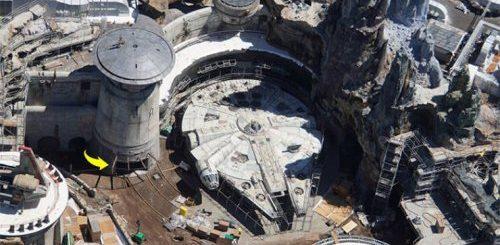 """Тематический парк Star Wars стоимостью $1 млрд почти готов, и эти аэрофотоснимки показывают, насколько он будет впечатляющим (8 фото)"""">"""
