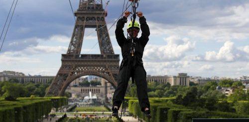 """В Париже можно прокатиться на зиплайне с Эйфелевой башни (9 фото + видео)"""">"""