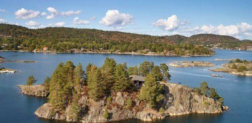 """В Норвегии продается потрясающий частный остров с домом – настоящая мечта отшельника (12 фото)"""">"""