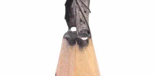 """Миниатюры, вдохновлённые """"Игрой престолов"""", вырезанные вручную на кончиках карандашей (23 фото)"""">"""