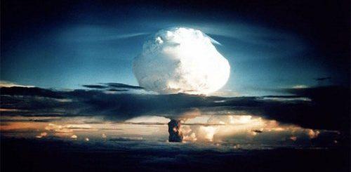 """ТОП-24: Впечатляющие факты о бомбах, которые довольно взрывоопасны"""">"""