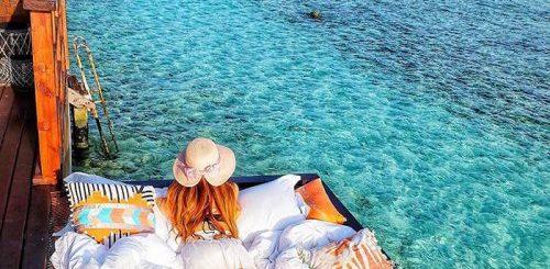 """Отель на Мальдивах предлагает возможность спать под звёздами, слушая шум морских волн прямо под собой (9 фото)"""">"""
