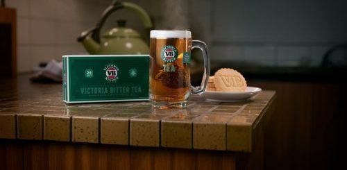 """Австралийский бренд пива выпустил ограниченную партию чая со вкусом пива для болельщиков крикета (2 фото)"""">"""