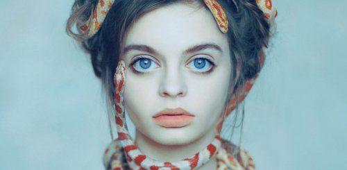 """Девушка, которую в Instagram считают обладательницей самых больших глаз в мире (12 фото)"""">"""