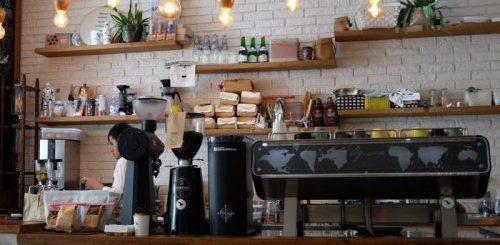 """ТОП-8: Вещи, которые, по словам, сотрудников, вы никогда не должны делать в кафе"""">"""