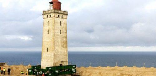 "Старый маяк переехал на новое место (10 фото)"">"