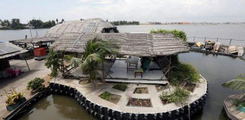 """Шикарный отель на острове из пластиковых бутылок (14 фото)"""">"""