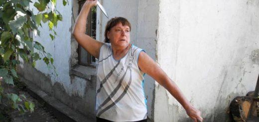 Российская пенсионерка стала чемпионкой мира по метанию ножа (3 фото + 2 видео)