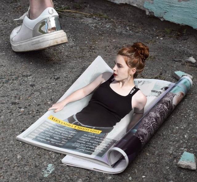 Российская художница продолжает создавать удивительные сюрреалистические фотоманипуляции (27 фото)